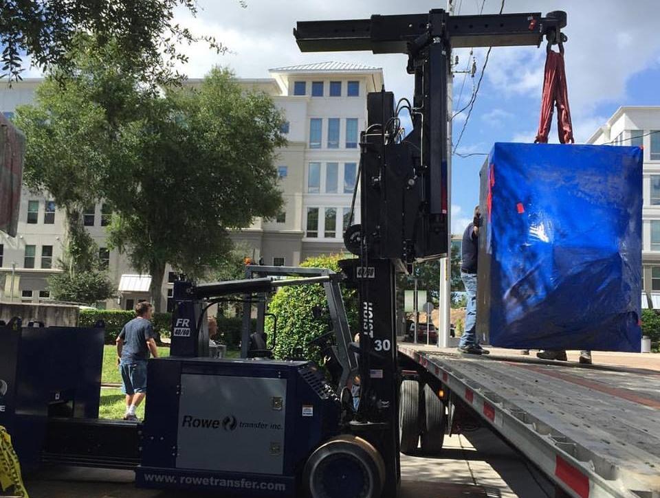 Rowe Transfer rigging job, moving heavy cyclotron equipment outside