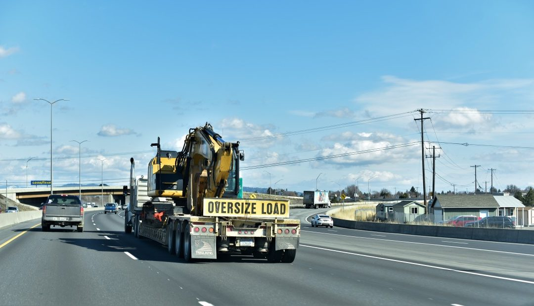 What You Should Know about Oversized and Wide Load Transportation